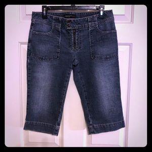 Capri jeans by America Eagle